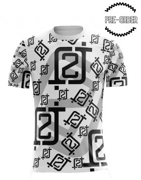 LIMITED EDITION: 2J logo all-over print t-shirt (XL)